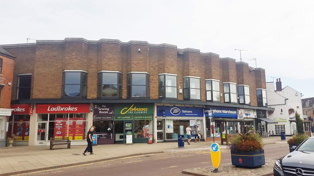 Parade of shops with Ladbrokes image update 8th Otober 2018